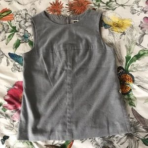 ANNE KLEIN grey top. Embellishment buttons on side